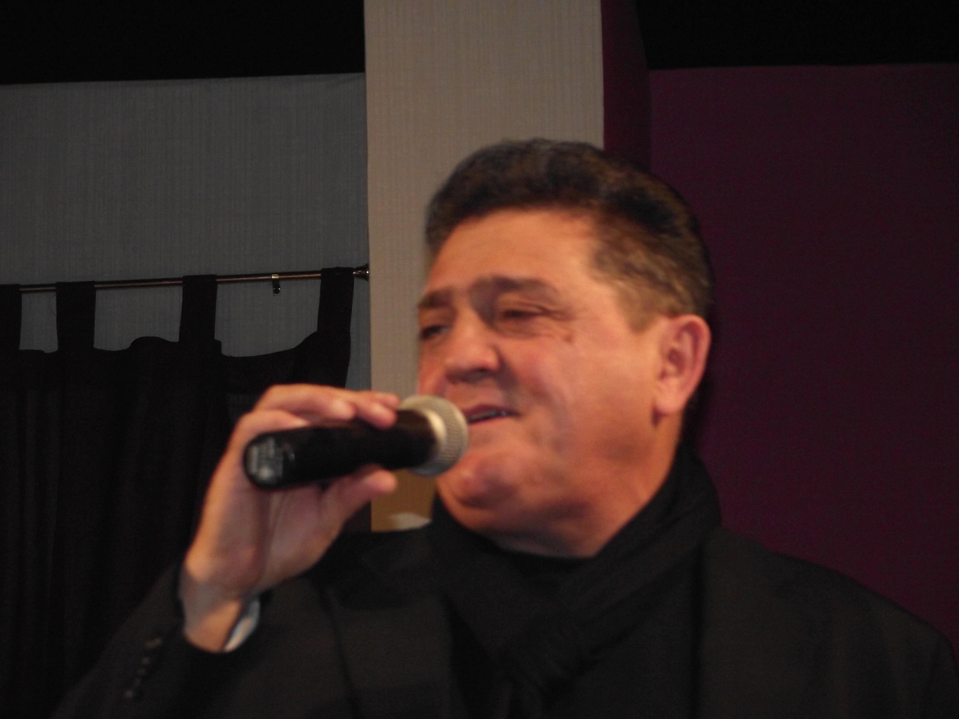 2011_0312Radio0039